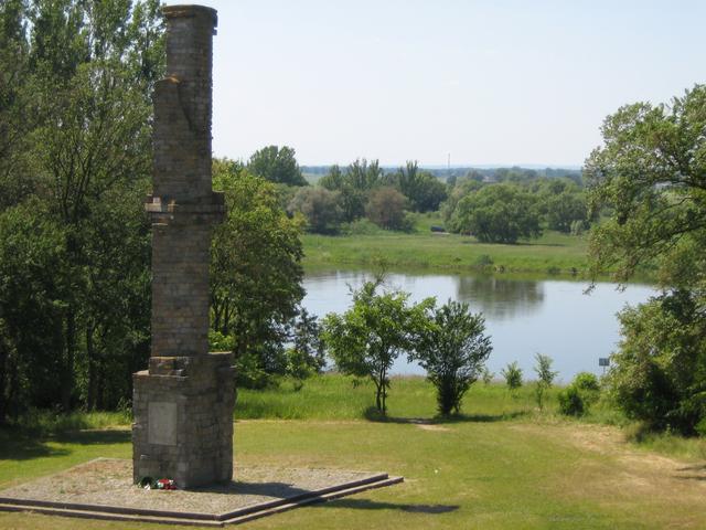 Obchody 73 rocznicy wkopania I Słupa Granicznego w Czelinie